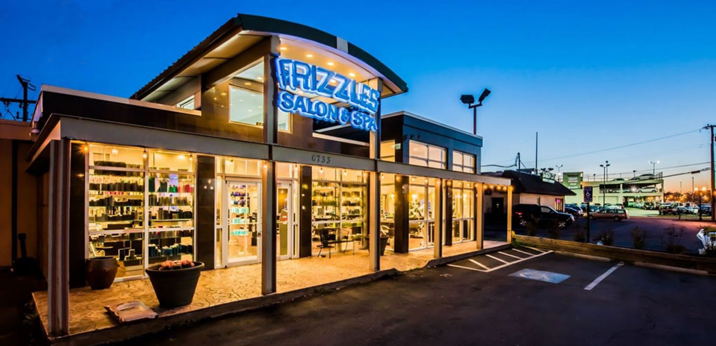 Hairstylist is Springfield VA | Frizzles Salon and Spa